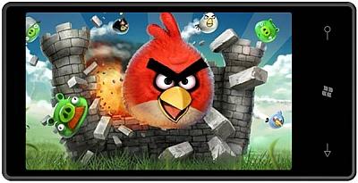 Angry Birds è dispoonibile adesso anche per Windows Phone 7